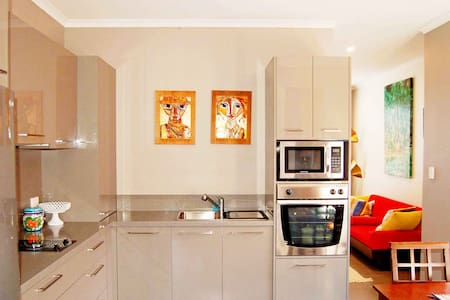 Petlet 23: 2YO Contemporary Home w/ Asian Vibe. - Victor Harbor - Casa