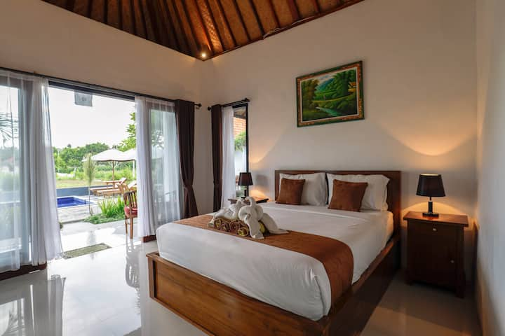 Clean and lovely private room near gamat bay