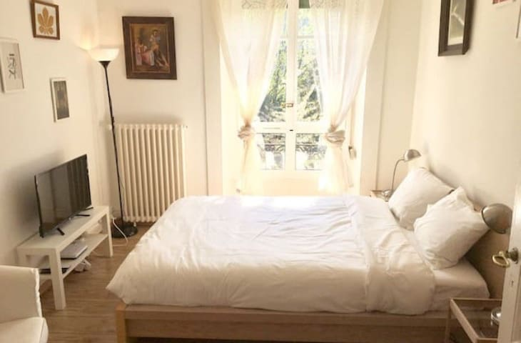 T48Furnished cosy flat in Geneva