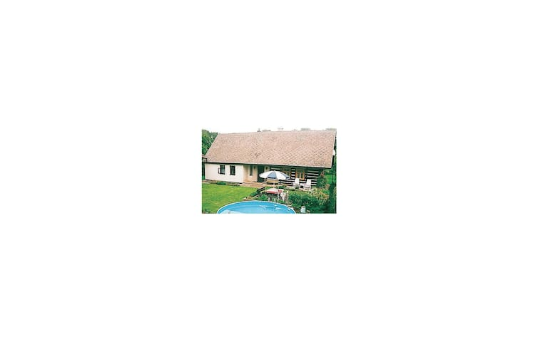Holiday cottage with 2 bedrooms on 100 m² in Miletin