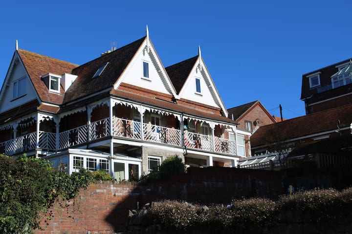 A Cozy Apartment By The Sea - Swanage - Daire