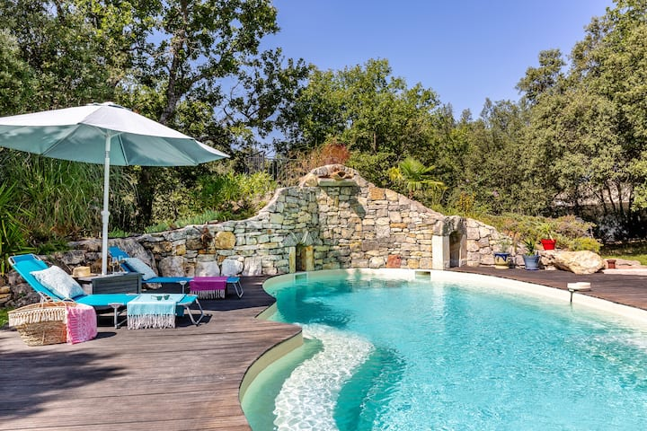 Lovely countryside villa in heart of Provence