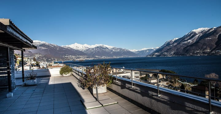 Beautiful Apartment on the shores of Lago Maggiore