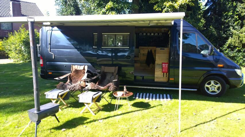 Camper overnachting zonder te rijden - Weert - Lakókocsi/lakóautó