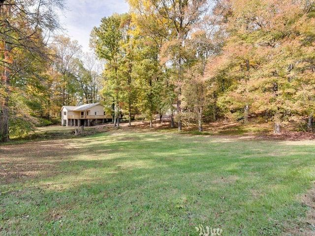 Peaceful Private 3 bed/2 bath near Greensboro - Stokesdale - Casa