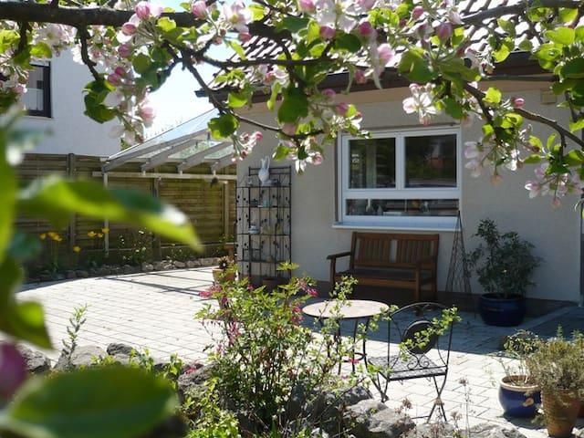 Schöne neue Ferienwohnung im Bachtal - Bachhagel - Apartmen