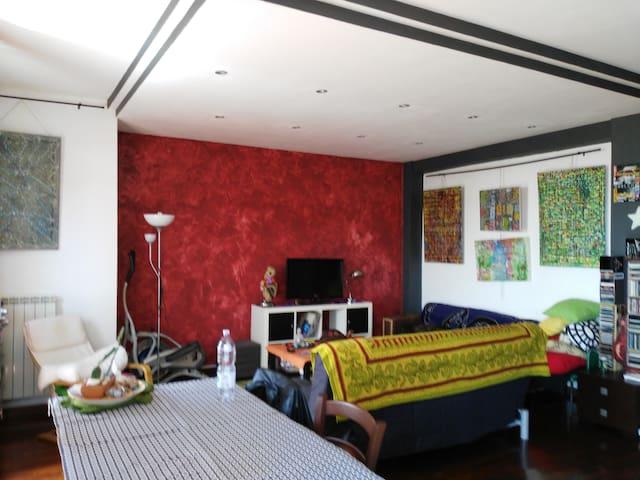 Stanze in ampio appartamento - Perugia - Apartamento
