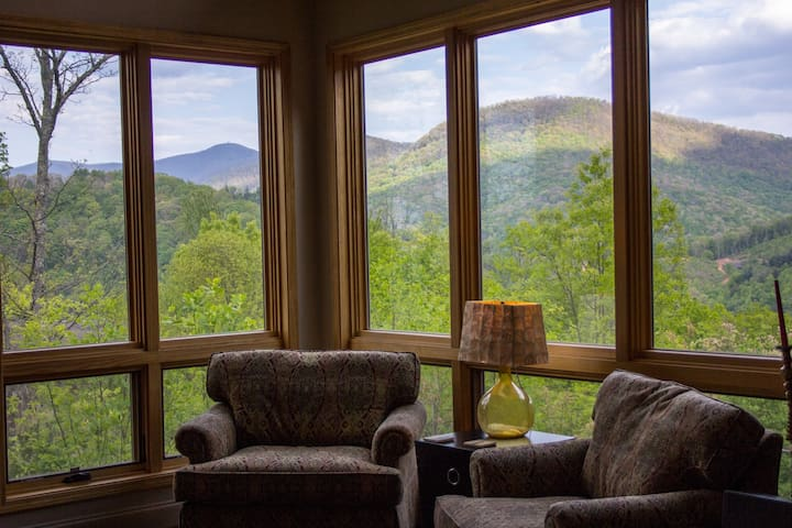 Privacy on a Mountaintop - Blairsville - Huis