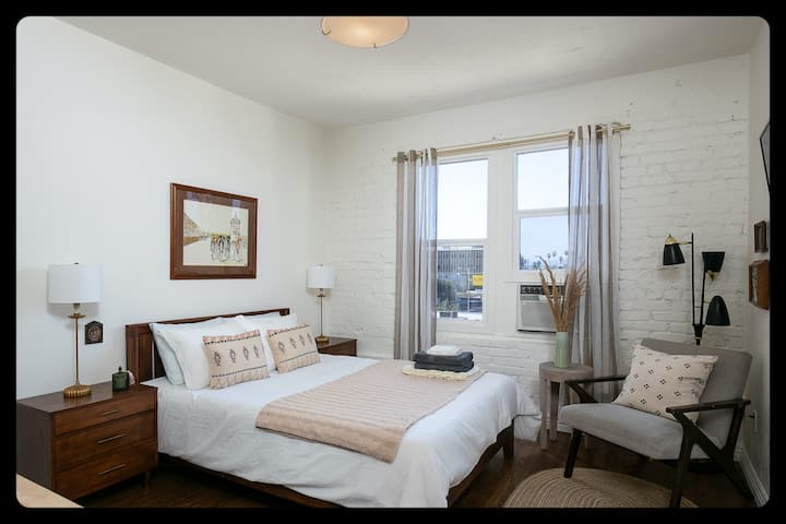 Very Charming and Comfy Sudio! Near DTLA!
