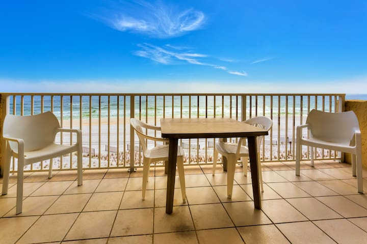 Beach Front Condo, Spectacular Views - Fort Walton Beach - Apartment