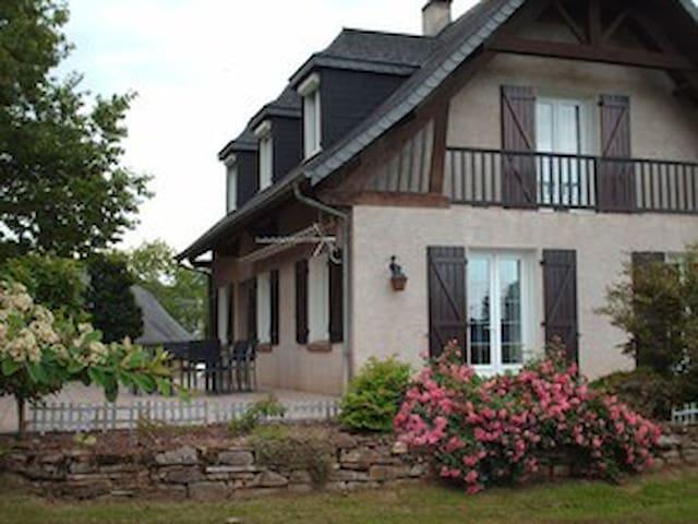 Villa de la Douloustre - Montgaillard - Vila
