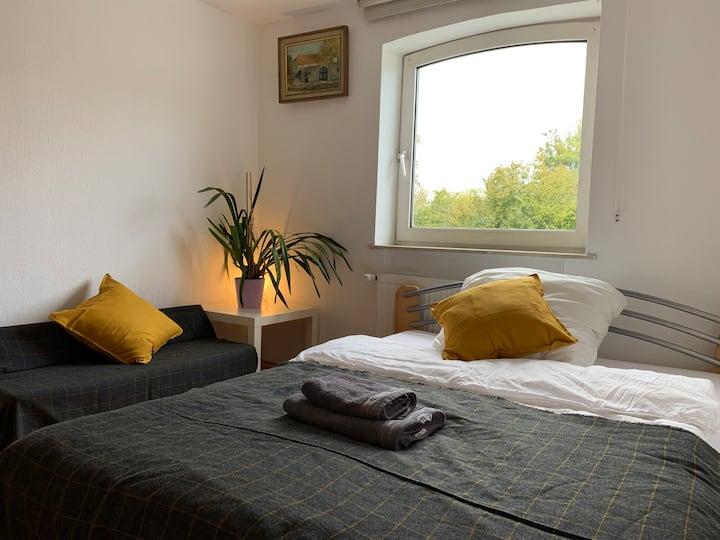 Room 2 - Gemütliches Privatzimmer in ruhiger Lage