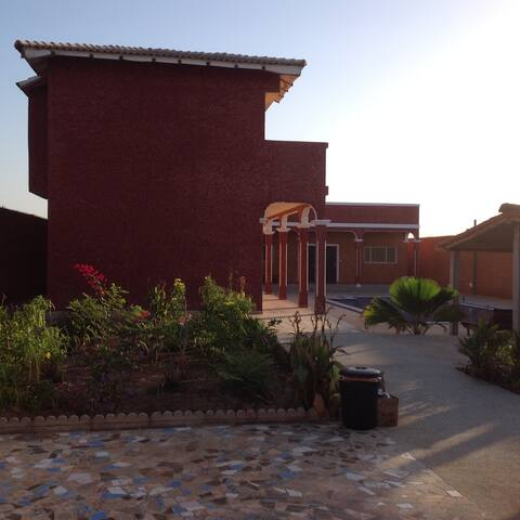 Villa la Isla - Somone - ที่พักพร้อมอาหารเช้า
