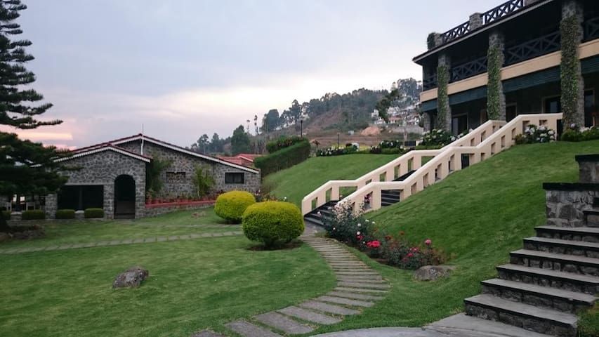 B&B with Classic Stays near Kodai Lake