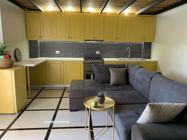 🍋Fresh Lemonade Apartment - URBAN STAY SARANDA