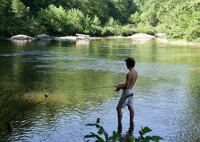 River Nest Retreat
