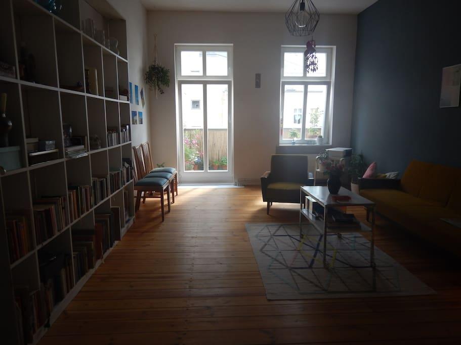 Livingroom whit Balkony