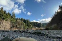 Van Duzen river in the backyard of the Redwood River Cottage