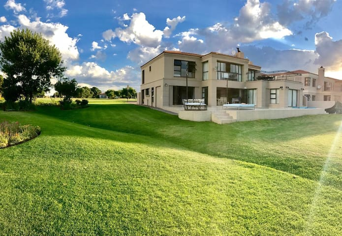 House on Vaal River for rent