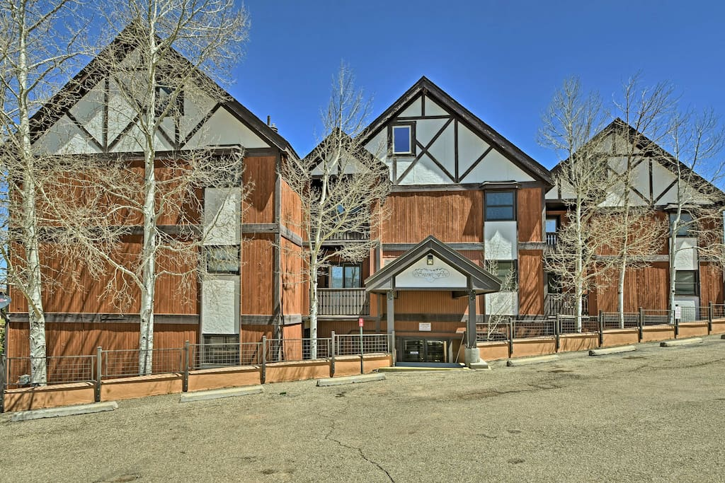 The condo is centrally located in the SnowFire Condominiums community!