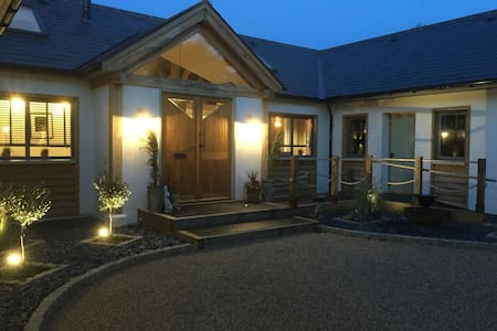 River Cottage Rooms - Hartley Wintney - Rumah