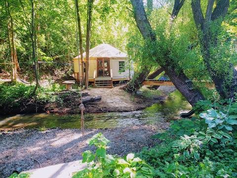 Groovy Creekside Yurt in the Okanangan Valley BC