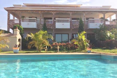 Residence Rosso - Popenguine - Villa