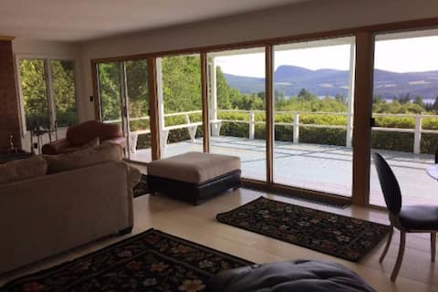 Relax and Enjoy Lake Willoughby Views
