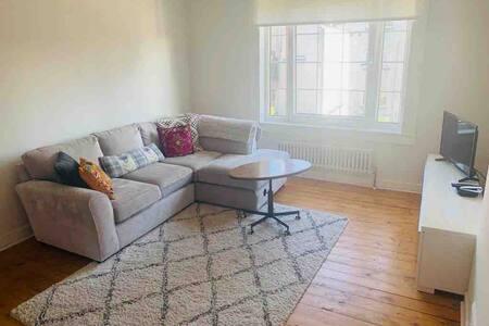 1 Bedroom Flat Milngavie (start of WHW)