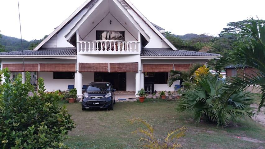 Chello's Villa