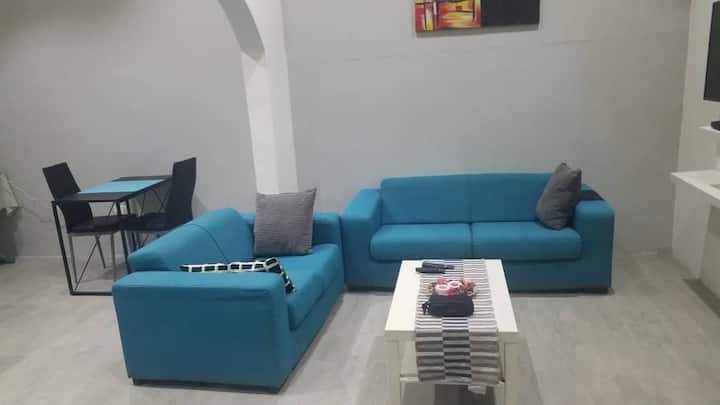Cozy One Bedroom Apartment @ Cantonments