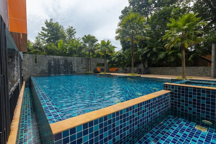 Comfy studio apartments 36 sq.m. with private terrace❤️ NaiHarn beach (110)