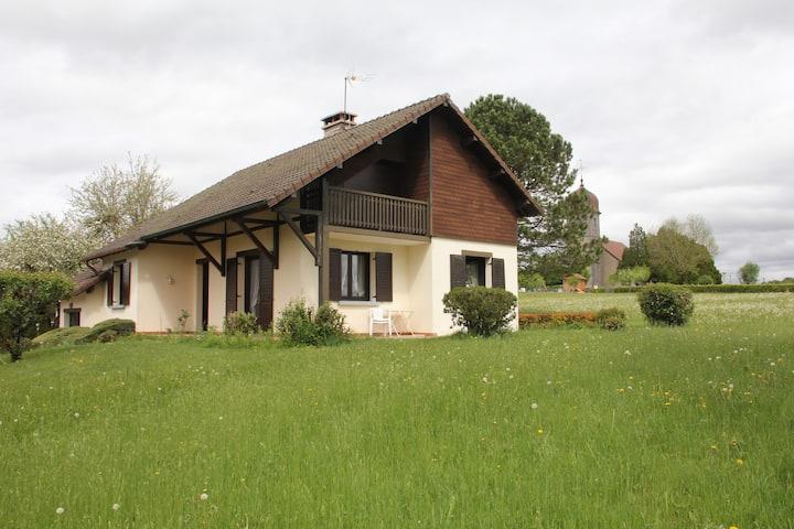 Maison de campagne au coeur du Jura