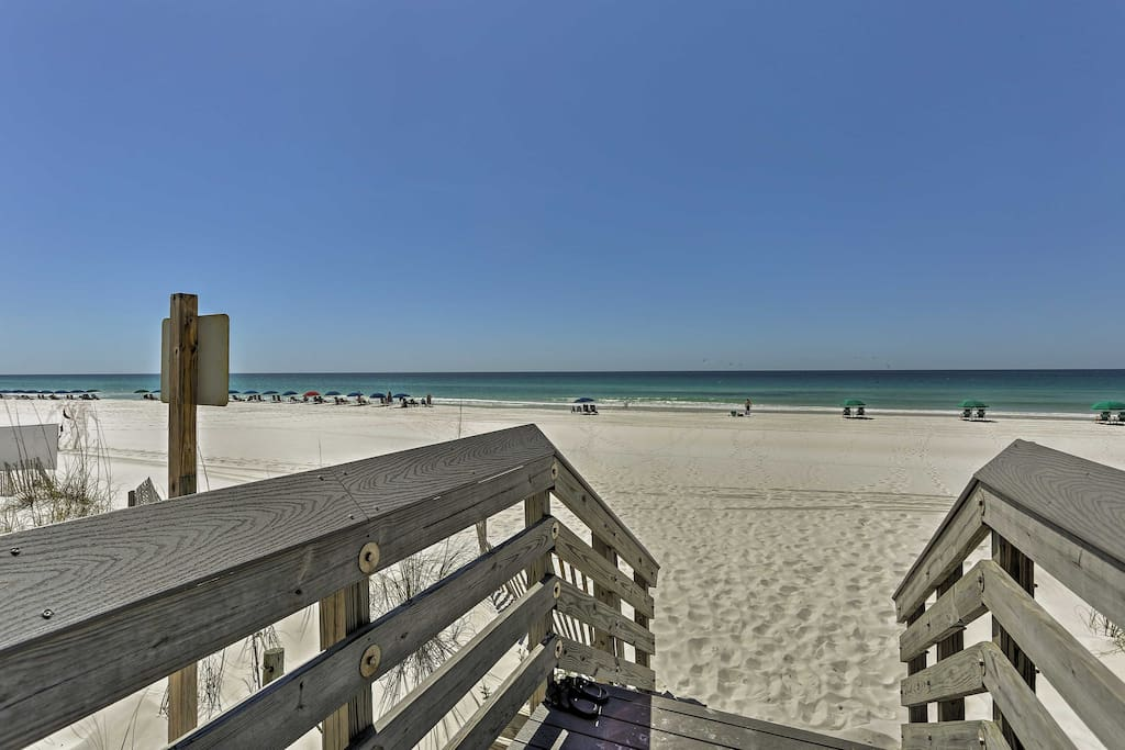 Up to 8 guests can take advantage of this prime beach location.