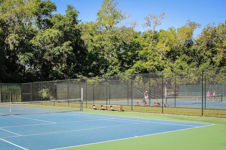 Two Public tennis courts