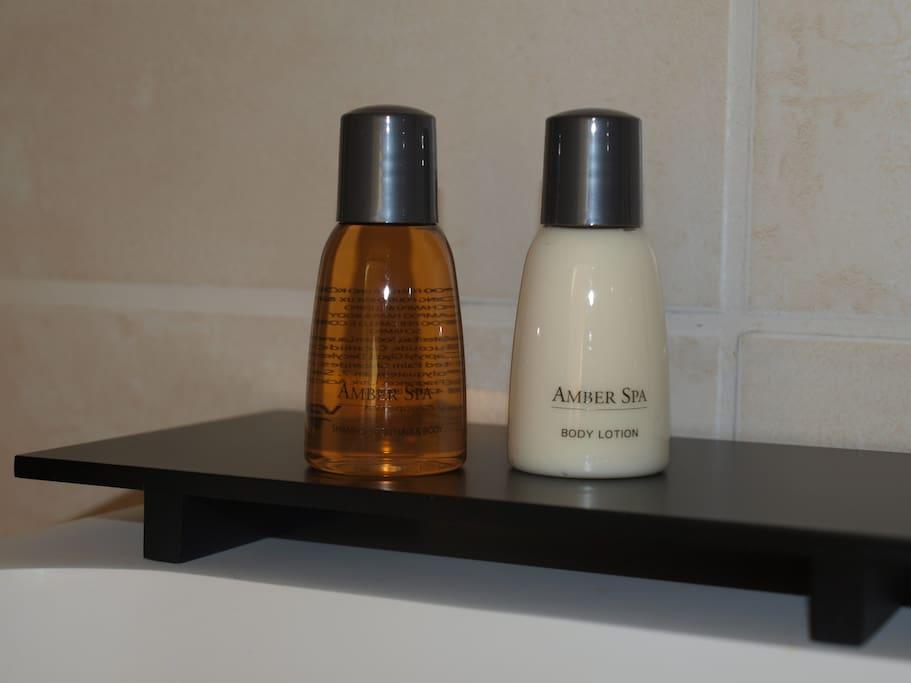 Pour votre bien-être shampoing/gel douche et lait corporel