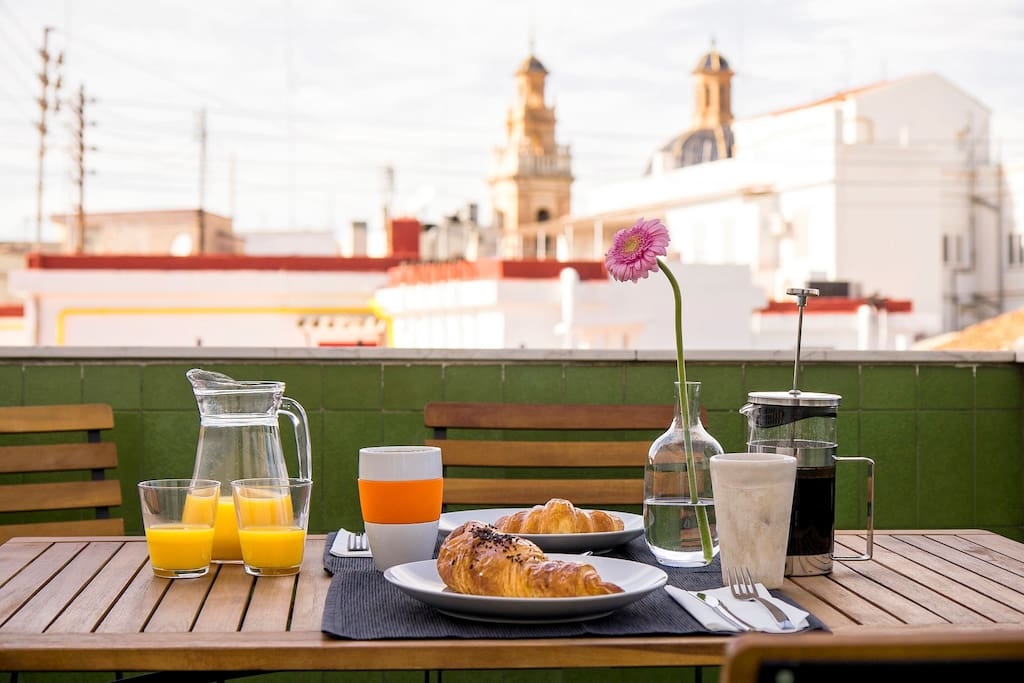 Enjoy breakfast with a view every morning from the terrace.