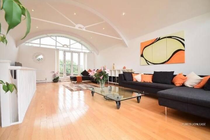 Spacious modern beautiful 3 bedroom house.