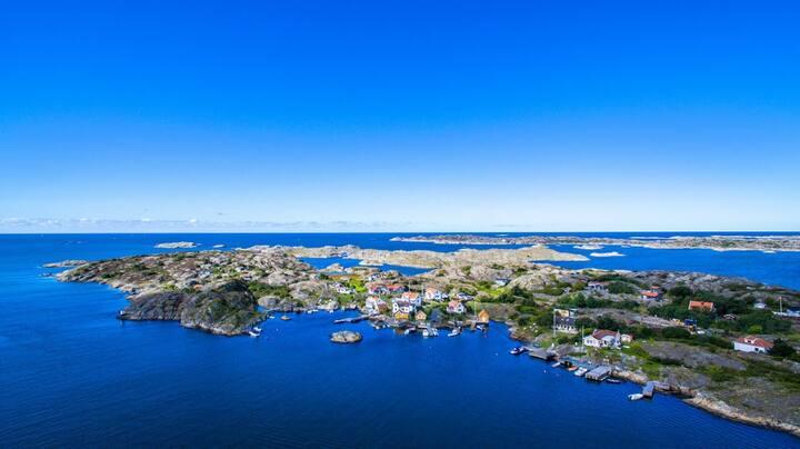 Unique house in west-swedish archipelago, sea view