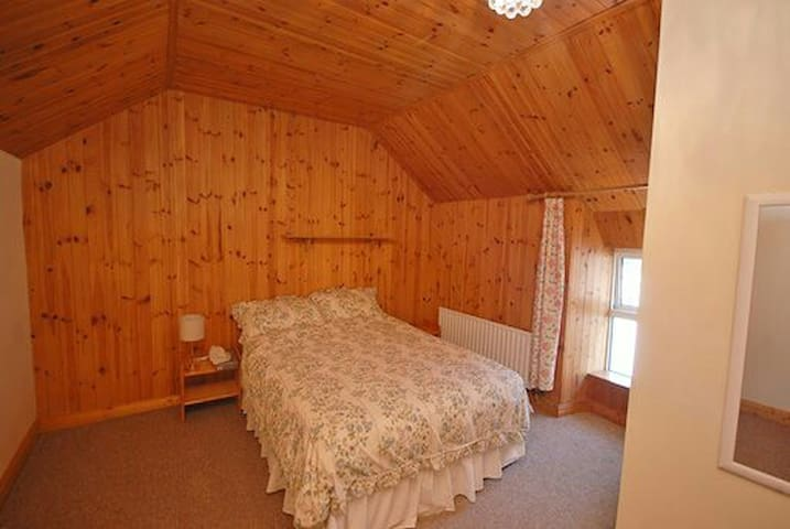 En suite Bedroom, Durrus Village Wild Atlantic Way
