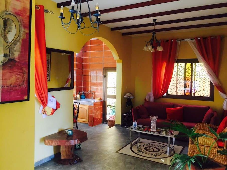 Salon appartement 2 chambres à coucher
