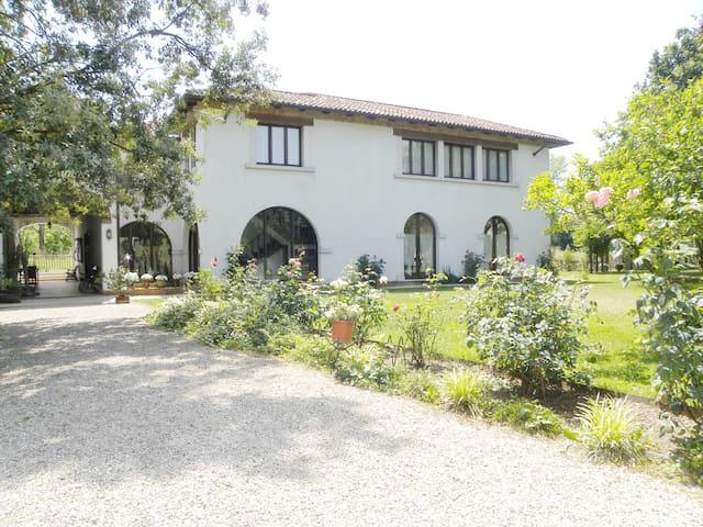 Mulinoantico villa con idromassaggio nel giardino - Venetsia