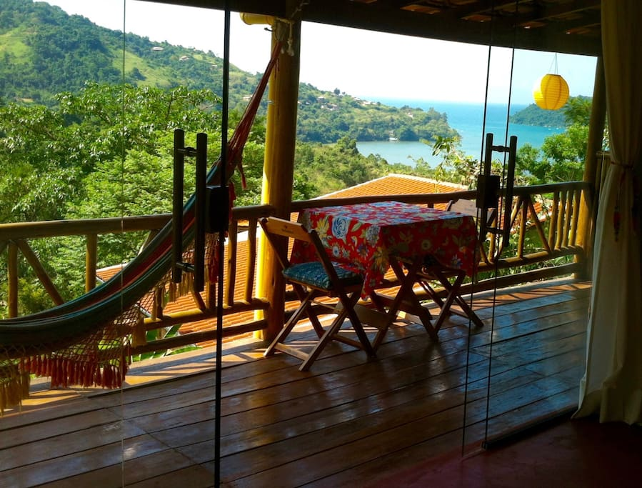 Chalé Amarelo- Yellow cottage- amazing sea view from the sofa.