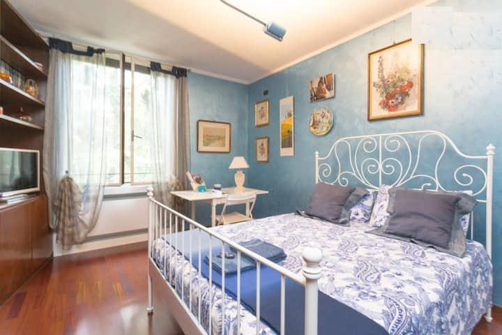 Camera doppia, bagno privato e ottima ospitalità