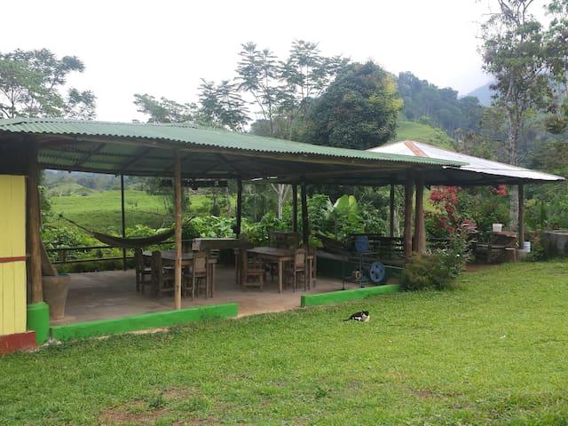 Cabaña en plena naturaleza en Finca Los Pilares
