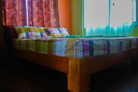 1 Double Room Aventura BnB Siquijor - San Juan
