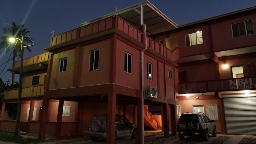 Belizean Suites Cayo (Apartment #4)