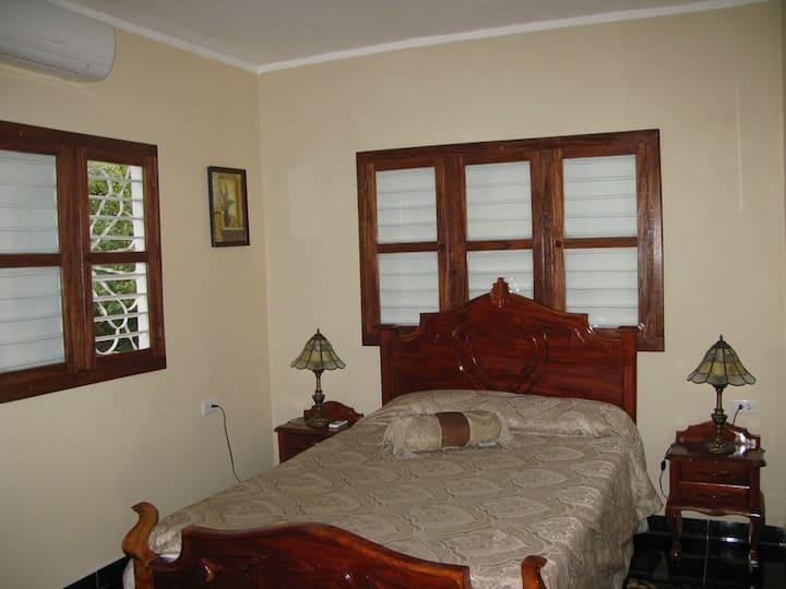 Hostal San Fernando, Morón, Room 3  Wi-Fi