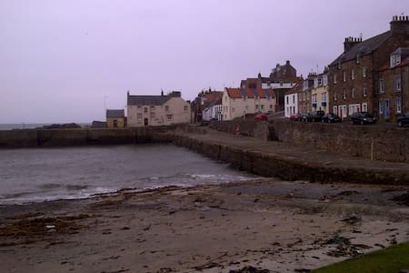 9 Shore Street, Cellardyke - Cellardyke