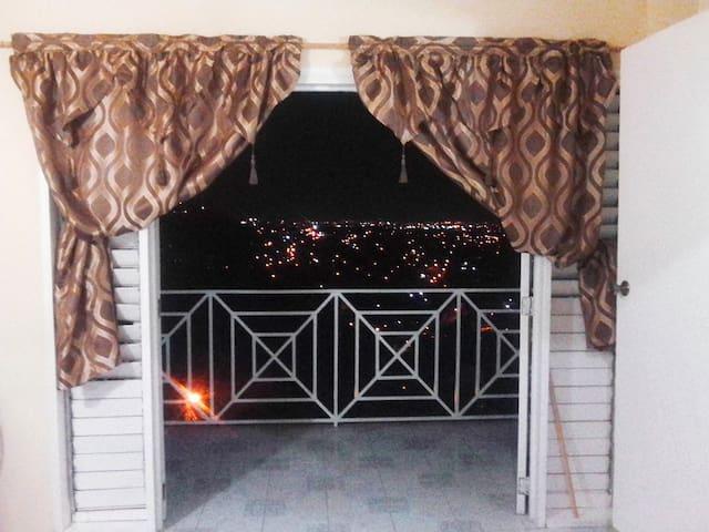 Amazing View - Large Balcony - Car Rental
